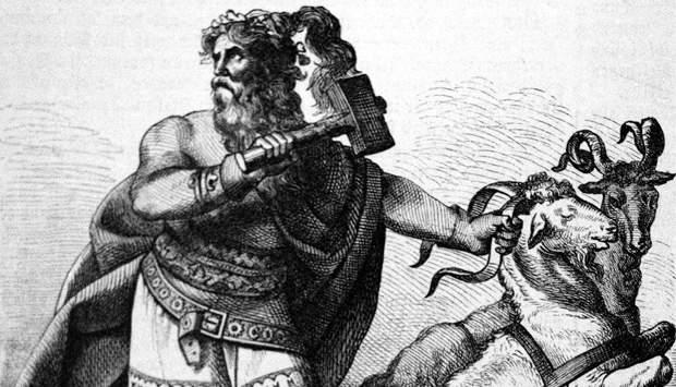 Thor i et øjebliks tøven med hammeren.