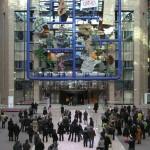 Politisk kunst. Den tjekkiske kunstner David Černý skabte stor ballade da hans kunstværk Entropa blev hængt op i ministerrådets bygning i Bruxelles. Mere af den slags!