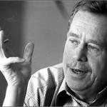 Václav Havel (1936-2011). Blandingen af kunstner og politiker er for sjælden. Havel var Tjekkoslovakiets sidste præsident fra 1993 og Tjekkiets første til 2003. Van Rompuy, formand for det Europæiske Råd, skriver godt nok en del haiku, men vi savner stadig et menneskeligt gesamtkunstwerk.