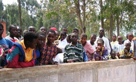 Et af de mange mindesteder som er spredt ud over Rwanda. Foto: Anders Aamand