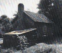 """Henry David Thoreaus (1817-1862) hytte ved Waldensøen i Massachussetts. Det er tankevækkende, at man allerede i de """"gode gamle dage"""" kunne føle trang til en omvej for at finde ro."""