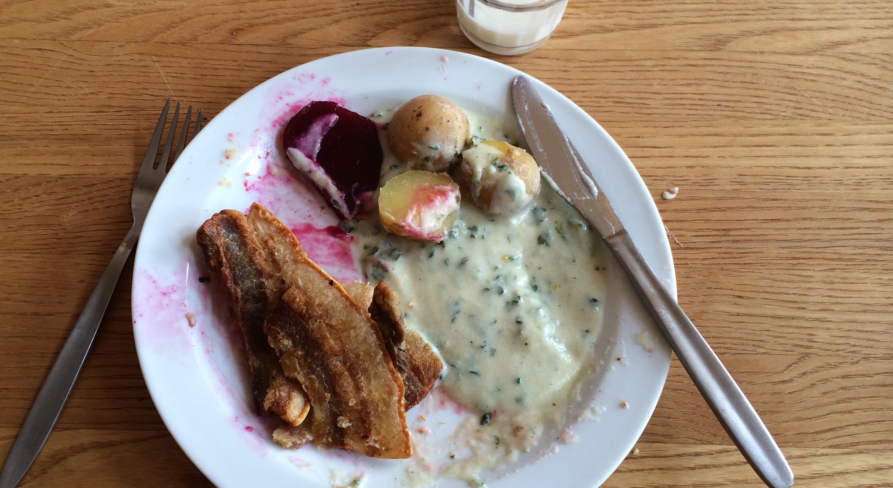 Stegt flæsk med kartofler og persillesovs. Skønt et hav af nye madtrends stadig en populær ret i store dele af befolkningen. Og en klar trussel mod konkurrenceevnen.
