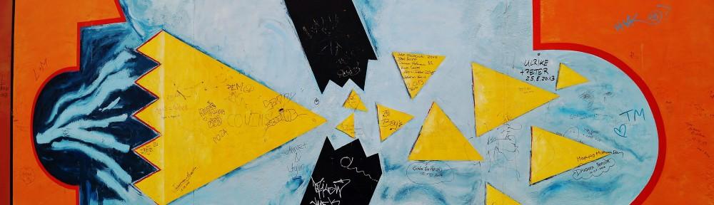 """Udsnit fra """"East Side Gallery"""", Berlinmuren. Foto af Lars Andreassen"""