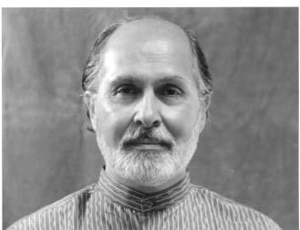 Seyyed Hossein Nasr (f. 1933) er professor i islamiske studier ved Georg Washington Universitetet